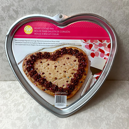 Wilton Giant Heart-Shaped Cookie Pan