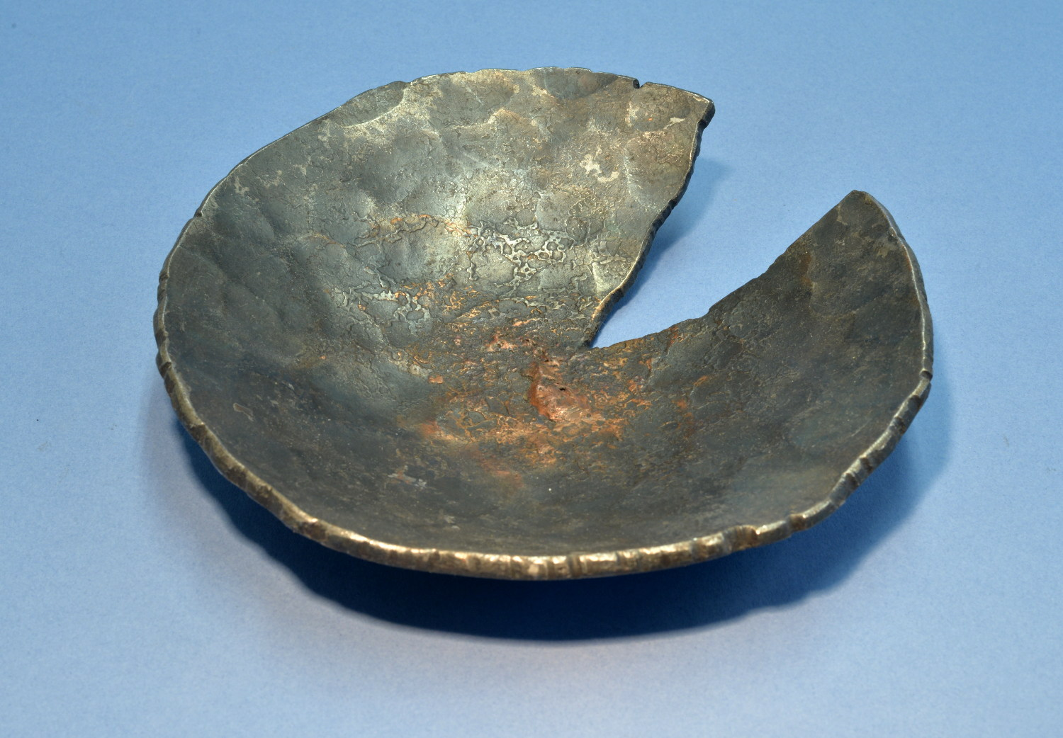 Medium hammered iron and copper bowl