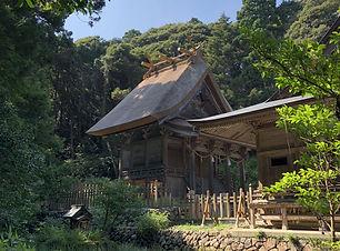 玉若酢神社本殿