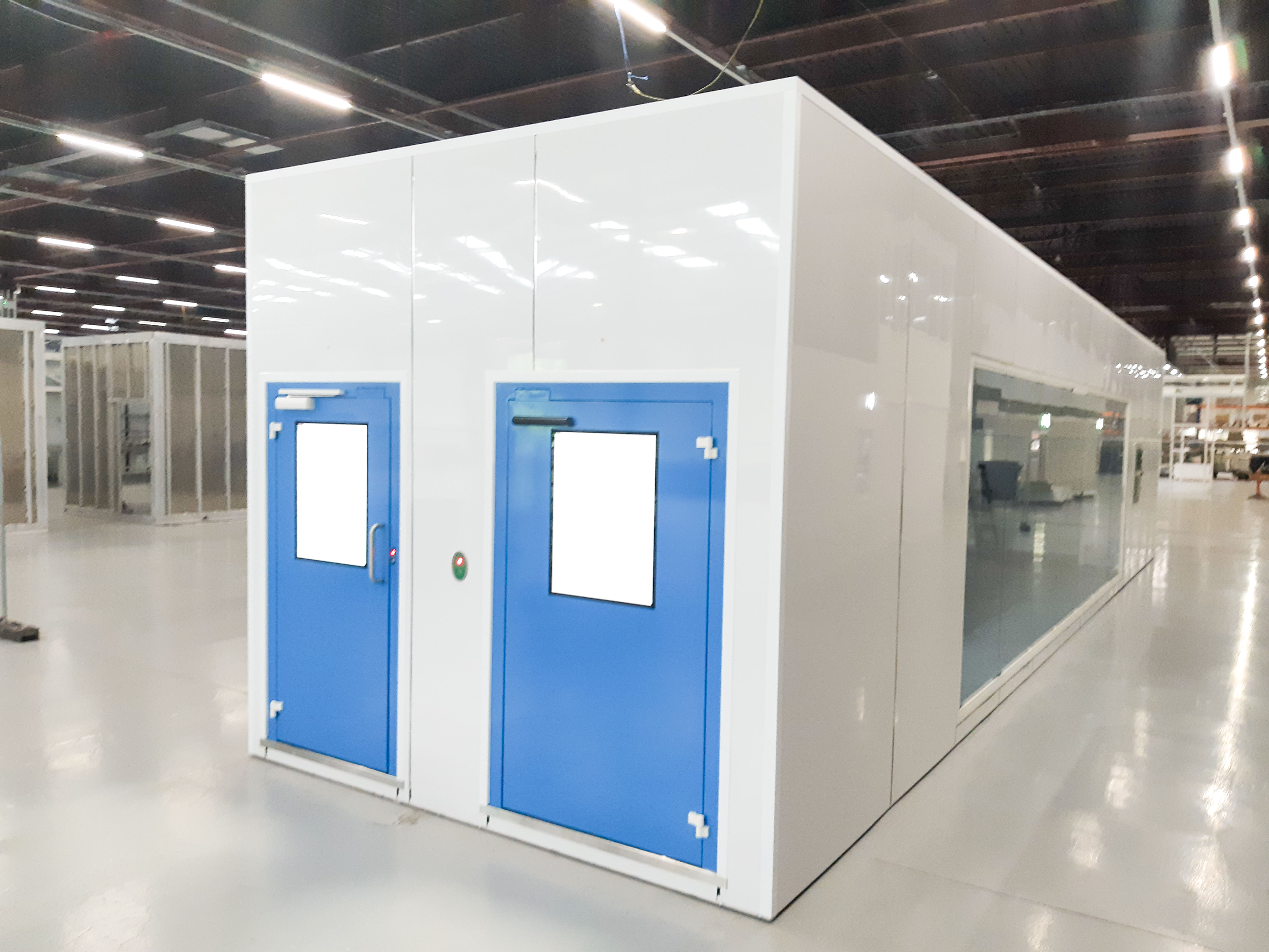G-CON biopharma cleanrooms cell therapy pods