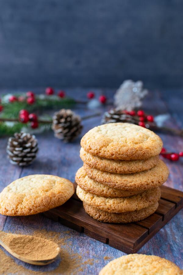 Keto holiday recipe ideas ketogenic spiced cookies keto friendly entertaining ideas for Christmas keto desserts