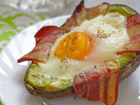 Avocado Bacon Egg Boats