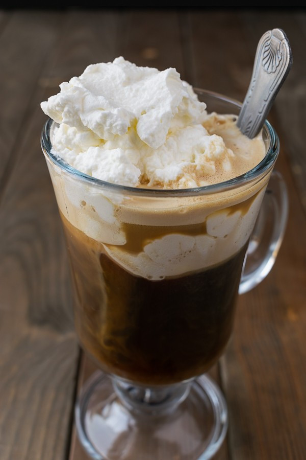 Keto dessert ideas for Christmas holiday's low carb ketogenic coffee toppings