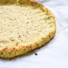 Ketogenic pizza with cauliflower coconut flour dairy free keto