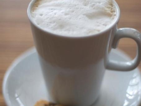 Keto & Skinny Chocolate Macadamia Nut Cappuccino
