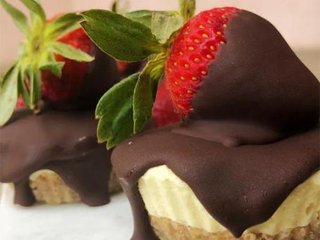 KETO MINI CHOCOLATE COVERED STRAWBERRY CHEESECAKES