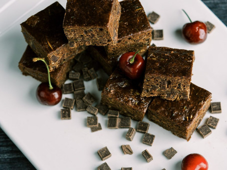 FRUIT AND FIBER ZUCCHINI BROWNIES