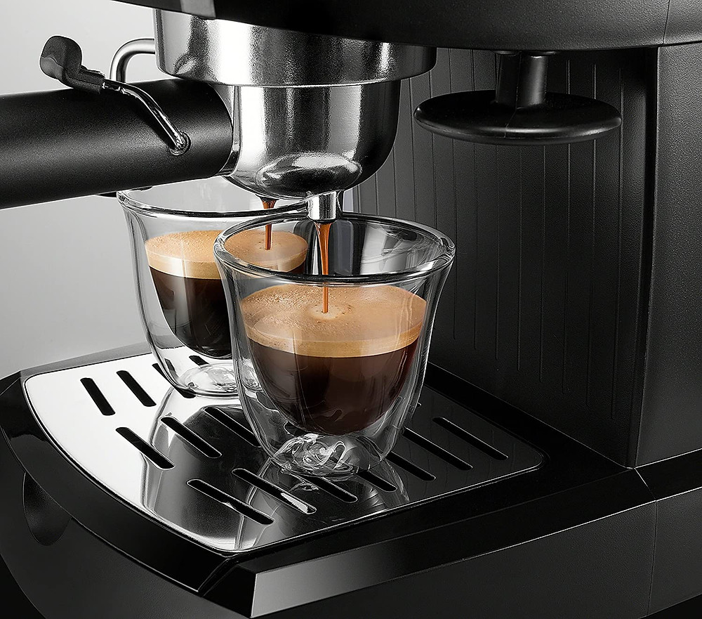 Espresso machine at home for keto friendly beverages like Starbucks baristas
