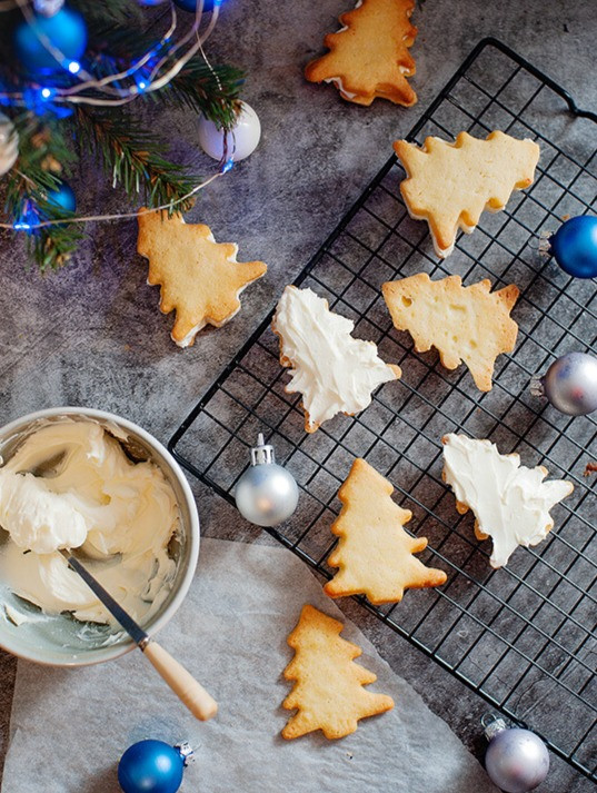 Keto Christmas cookies Ketogenic holiday cookie recipes xanthan gum