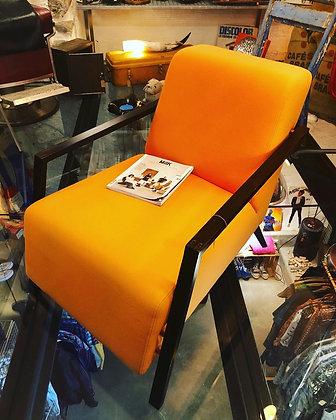 Fauteuil orange années 70