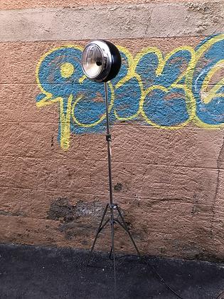 """Lampe sur pied """"Cyclope"""" création"""