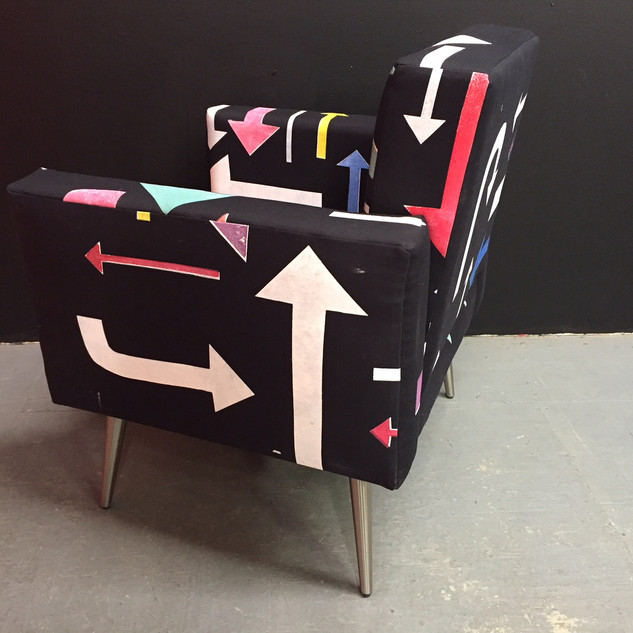 Arrow chair