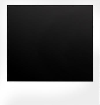 polaroid-2157047_1280.jpg