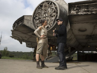 """New 'Star Wars' Behind-the-Scenes Images """"The Force Awakens' NO SPOILERS"""