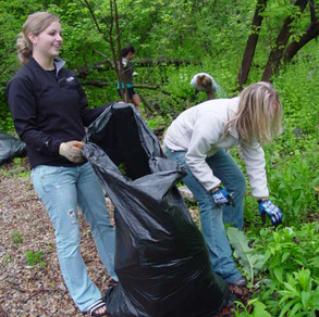 25th Annual Milwaukee Riverkeeper Spring Cleanup
