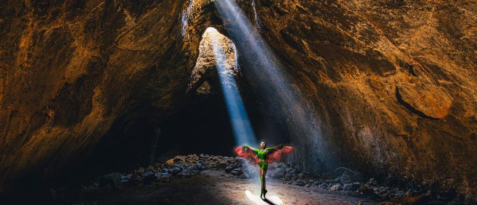 COSTUME SHOW ANTIGONE in the Cave.jpg