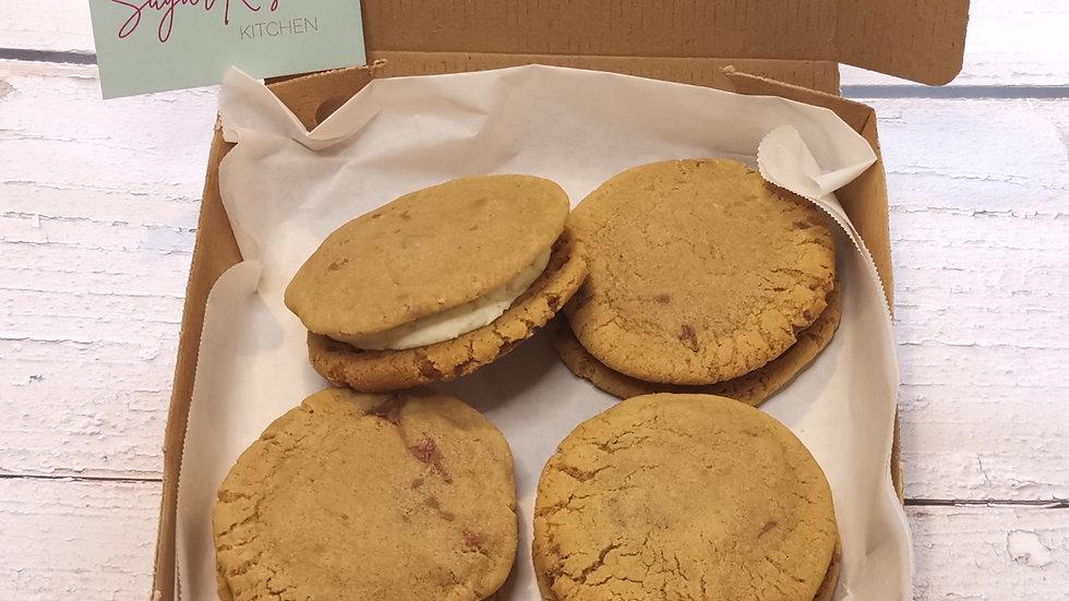 Chocolate chip cookie sandwich box