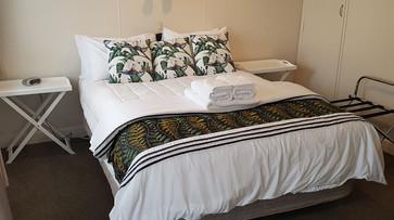 Anchorage Motel Rooms 003.jpg