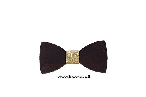 עניבת פפיון עץ כהה חבק זהב
