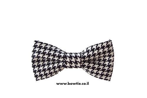 עניבת פפיון דמוי עור שחור לבן