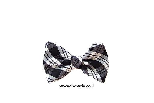 עניבת פפיון שחור לבן פסים