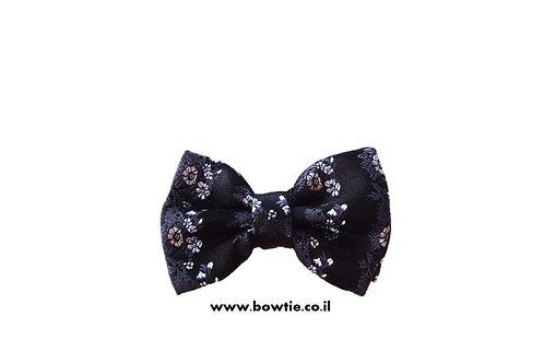 עניבת פפיון שחורה פרחים עדינים