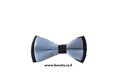 עניבת פפיון תכלת רקע שחור