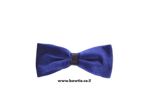 עניבת פפיון קטיפה כחולה