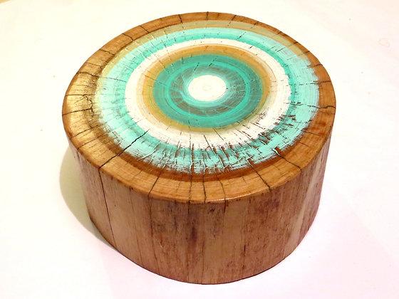 טבעת עץ מצויירת