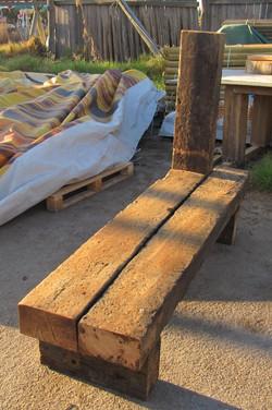 ספסל מאדני אכבת