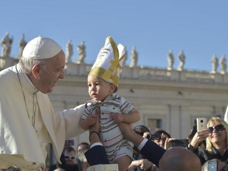 """Papa Francisco aconselha a recorrer a Santa Teresa de Jesus, """"mestra da oração"""""""