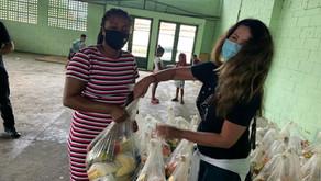 Ação missionária distribui 5 toneladas de alimentos às comunidades carentes no Rio