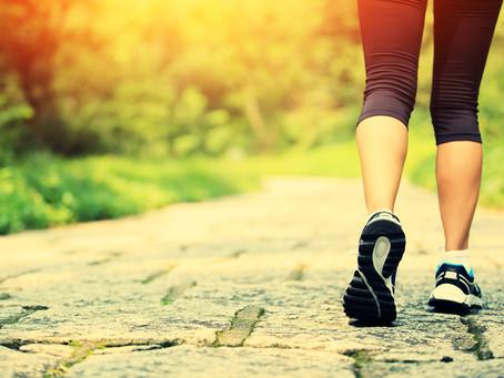 Caminhar torna o cérebro mais criativo e cura as tristezas