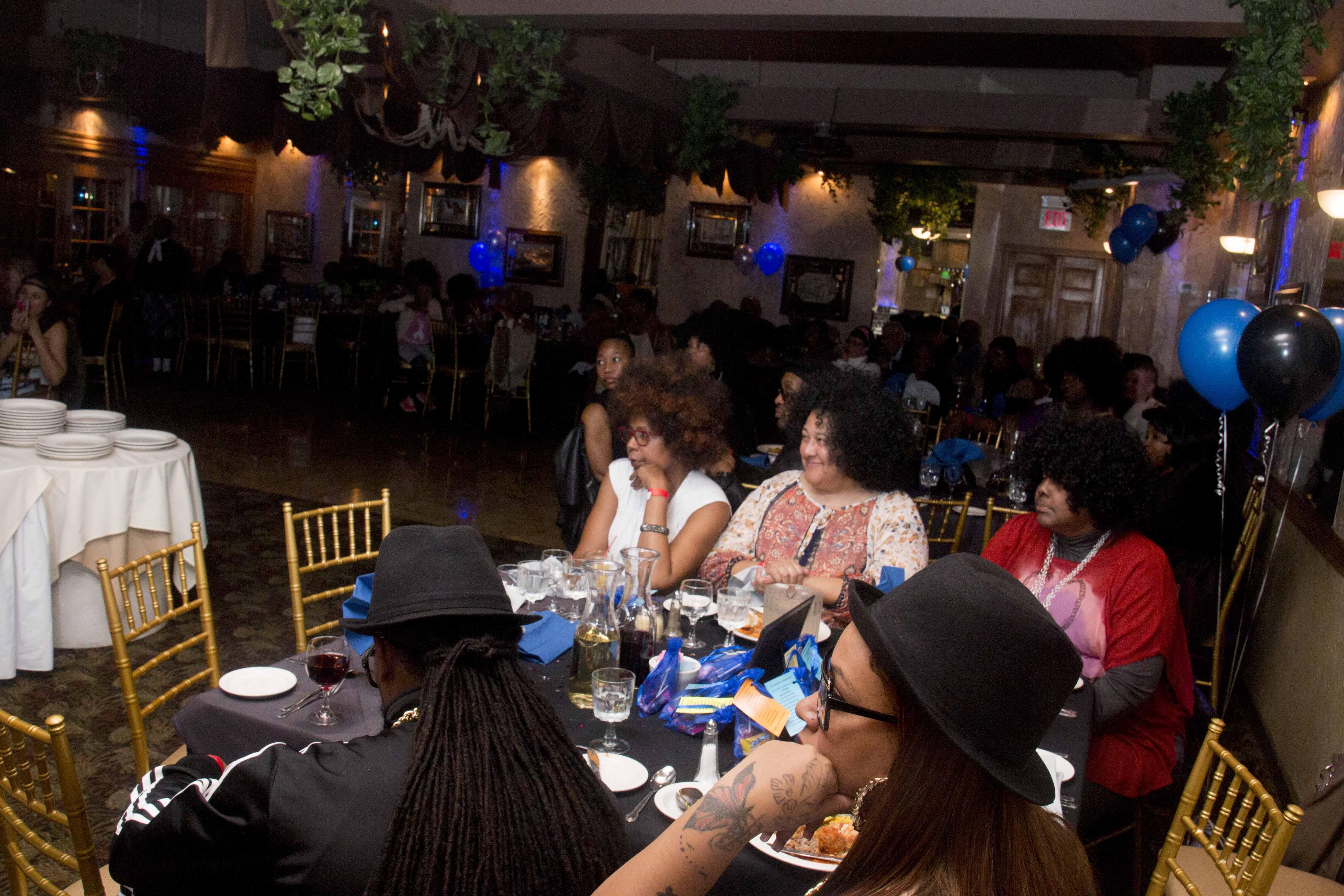 L-Train Memorial Foundation - Throwback Jam (Bella Italian Restaurant, Orange, NJ) 10-28-16_0045