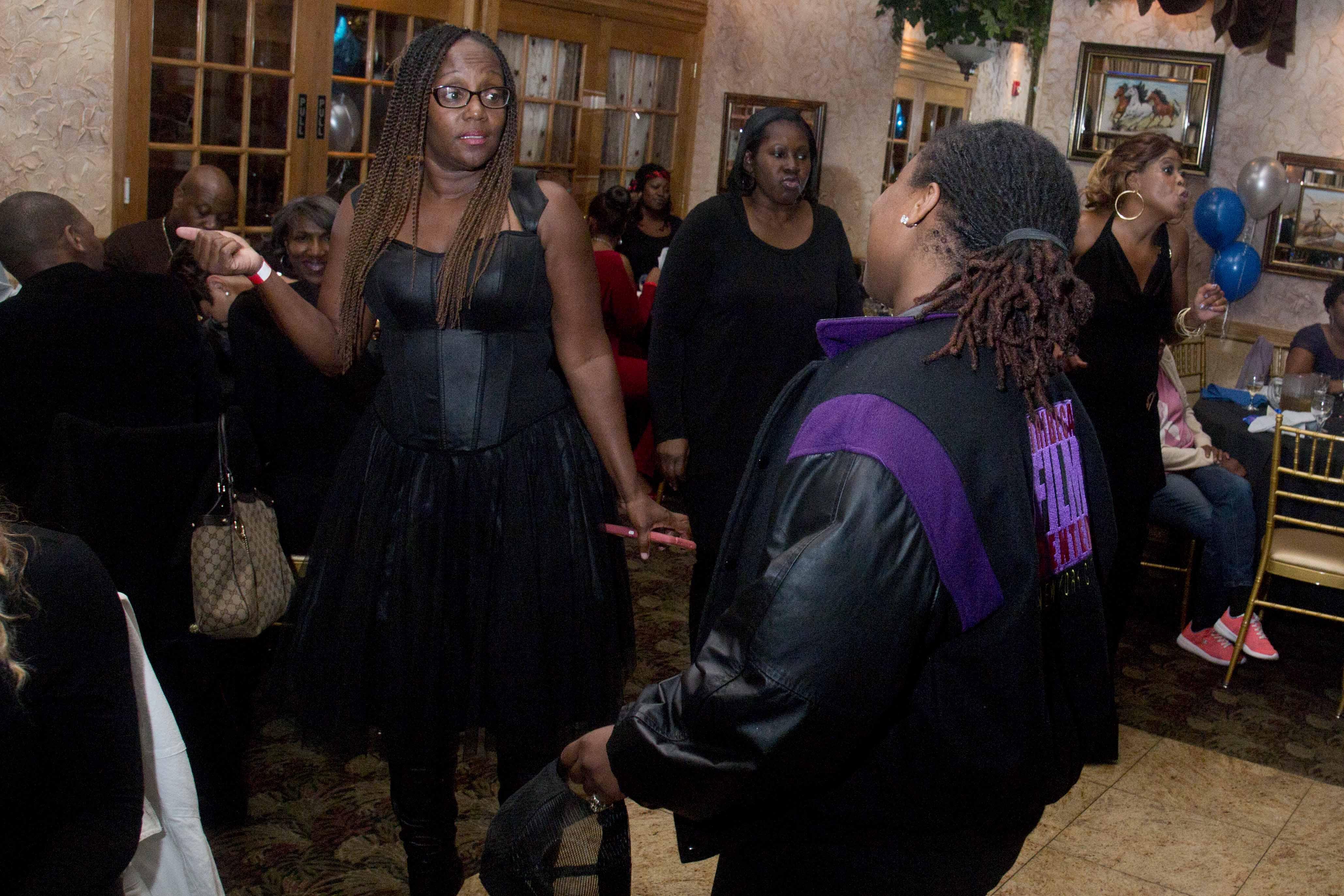 L-Train Memorial Foundation - Throwback Jam (Bella Italian Restaurant, Orange, NJ) 10-28-16_0097