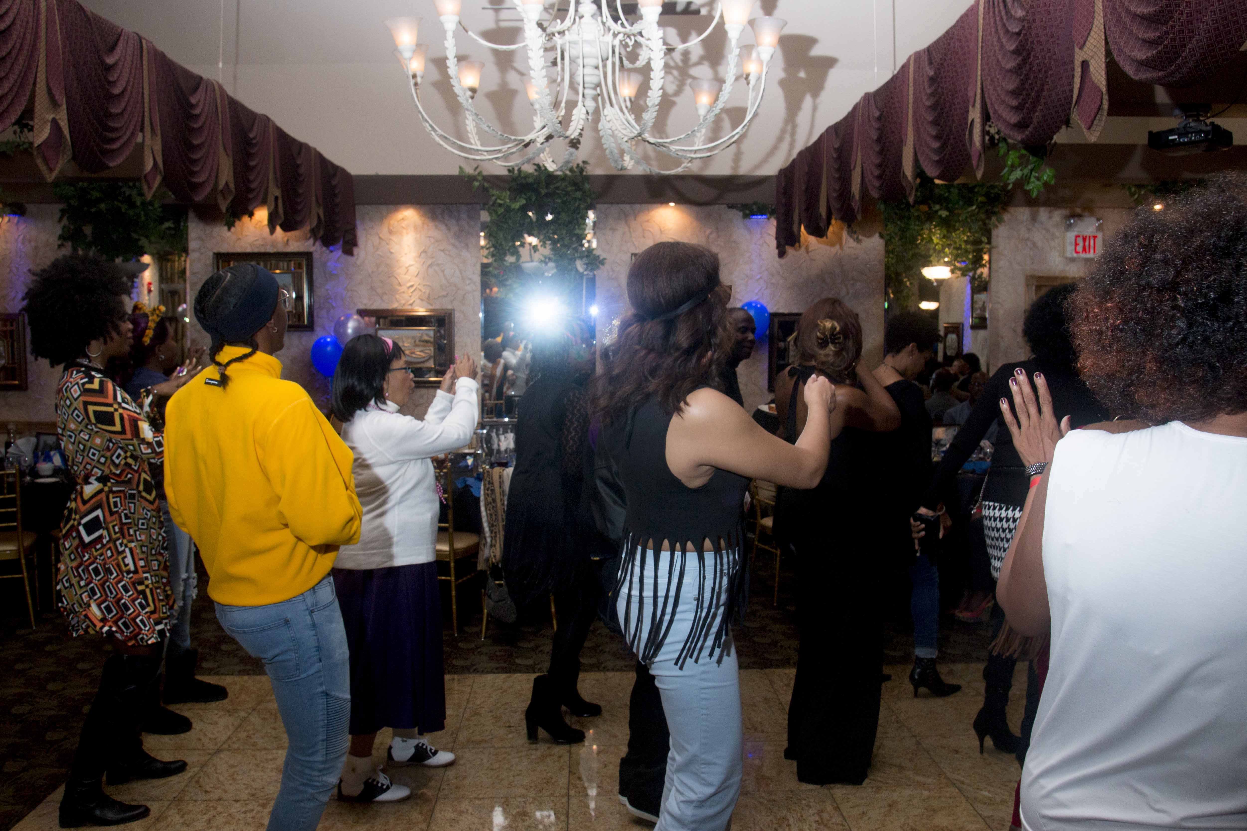 L-Train Memorial Foundation - Throwback Jam (Bella Italian Restaurant, Orange, NJ) 10-28-16_0087
