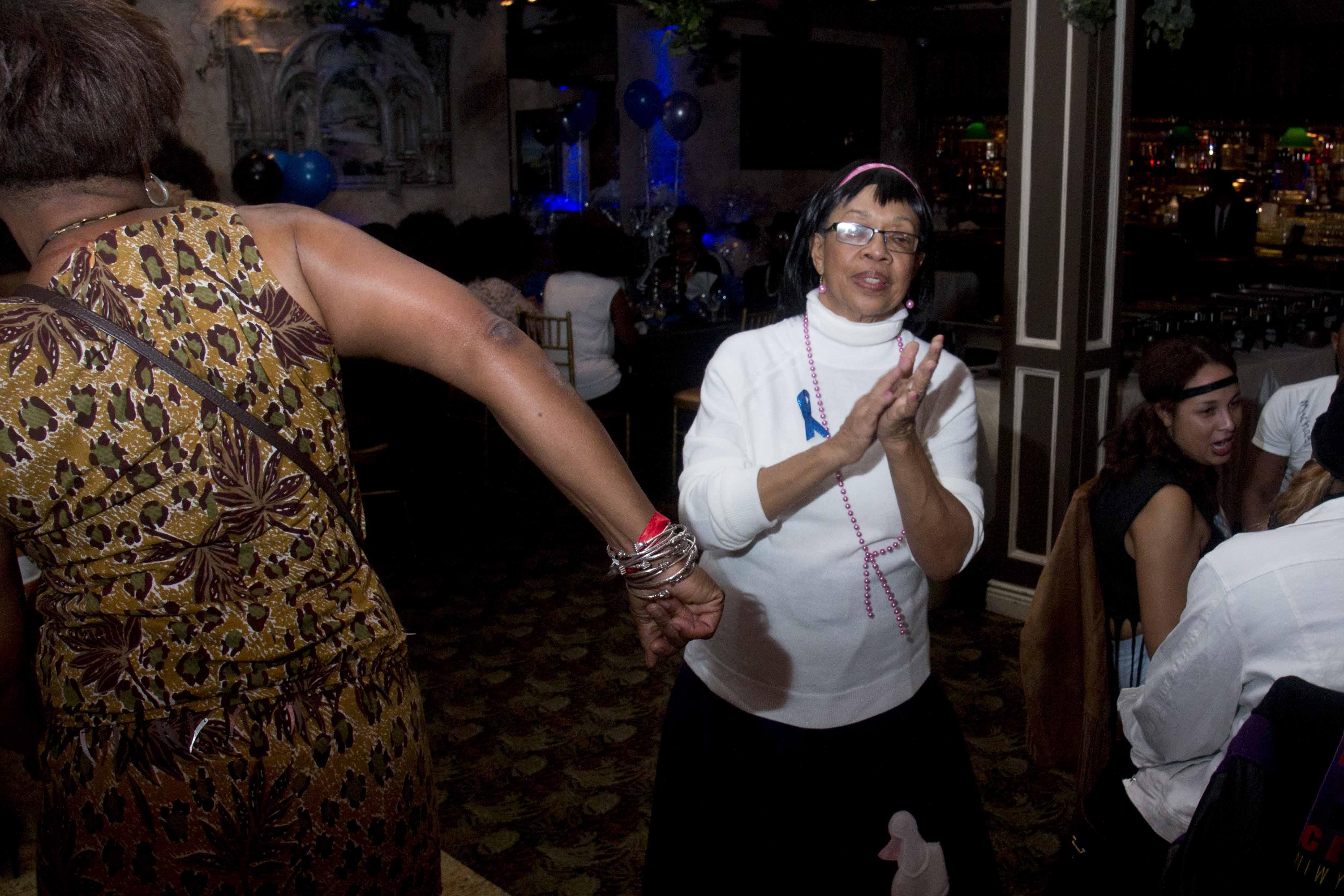 L-Train Memorial Foundation - Throwback Jam (Bella Italian Restaurant, Orange, NJ) 10-28-16_0089