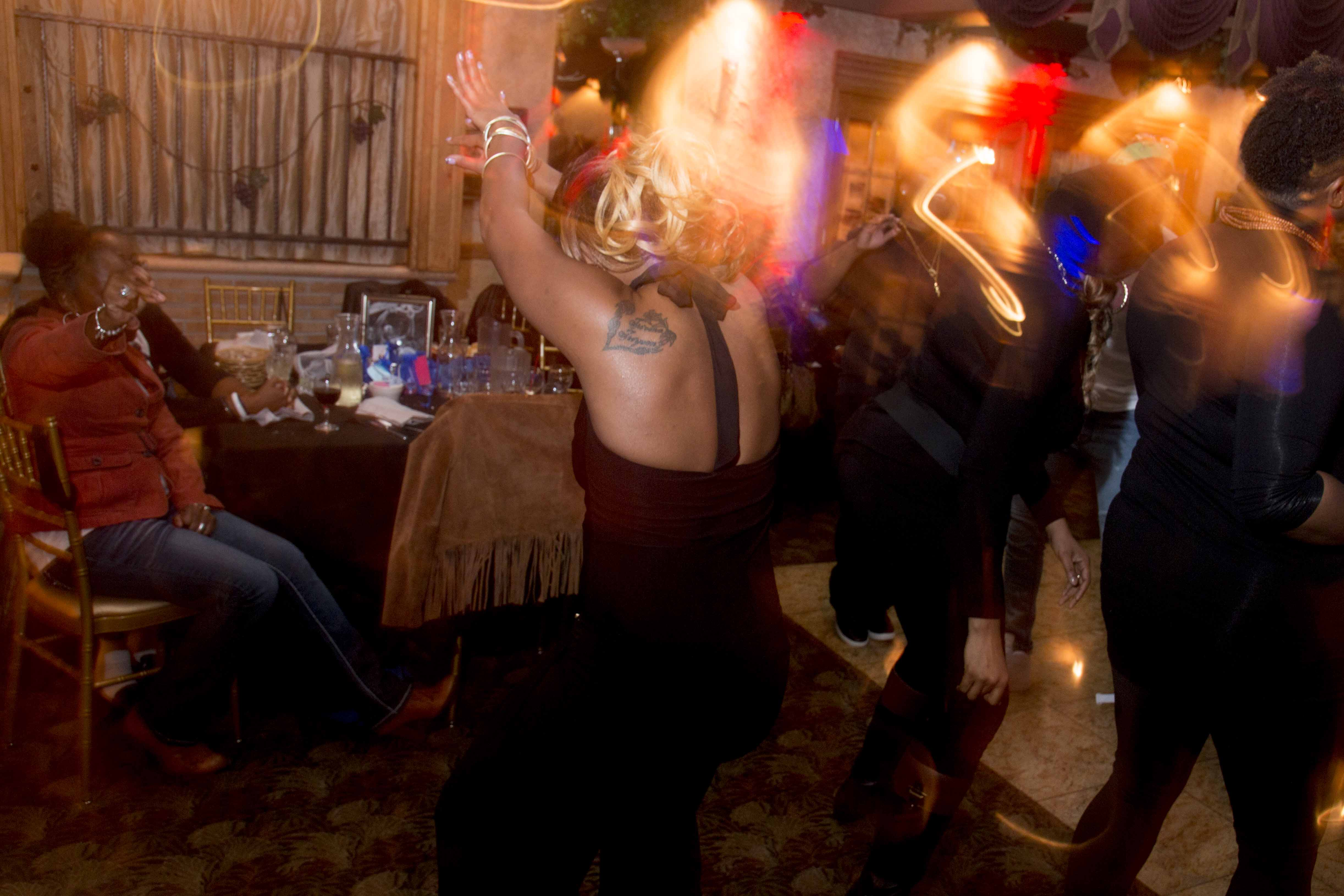 L-Train Memorial Foundation - Throwback Jam (Bella Italian Restaurant, Orange, NJ) 10-28-16_0118