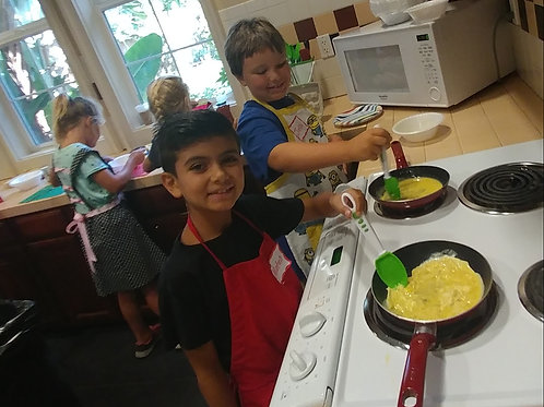 Knife Skills, Cooking and Baking:  1st-5th Grade /  Wed: 4/10-4/24  3:30-4:45