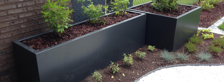Daktuin met plantenbakken