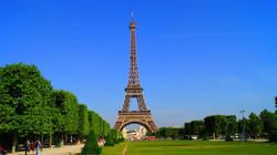 paris-1175022_1920