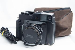 FUJIFILM(フジフィルム) GS645W Professinal 中判カメラ お買取りしました お宝専科豊橋店