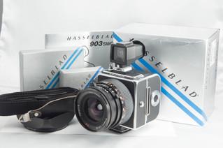 Hasselblad(ハッセルブラッド) 903SWC 中判フィルムカメラ お買取りしました お宝専科豊橋店