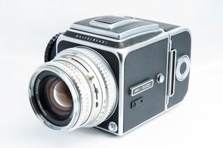 Hasselblad(ハッセルブラッド) 500C 80mmレンズ付き 中判カメラ お買取りしました お宝専科豊橋店