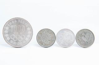 1000円銀貨 100円銀貨 記念硬貨 お買取りしました お宝専科豊橋店