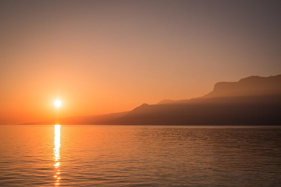 sunset-801960_1920_edited.jpg
