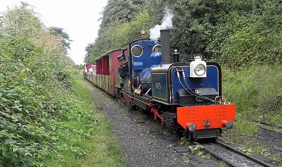 16-arrival-at-walsingham_edited.jpg