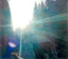 センター光切り抜き2の2.jpg