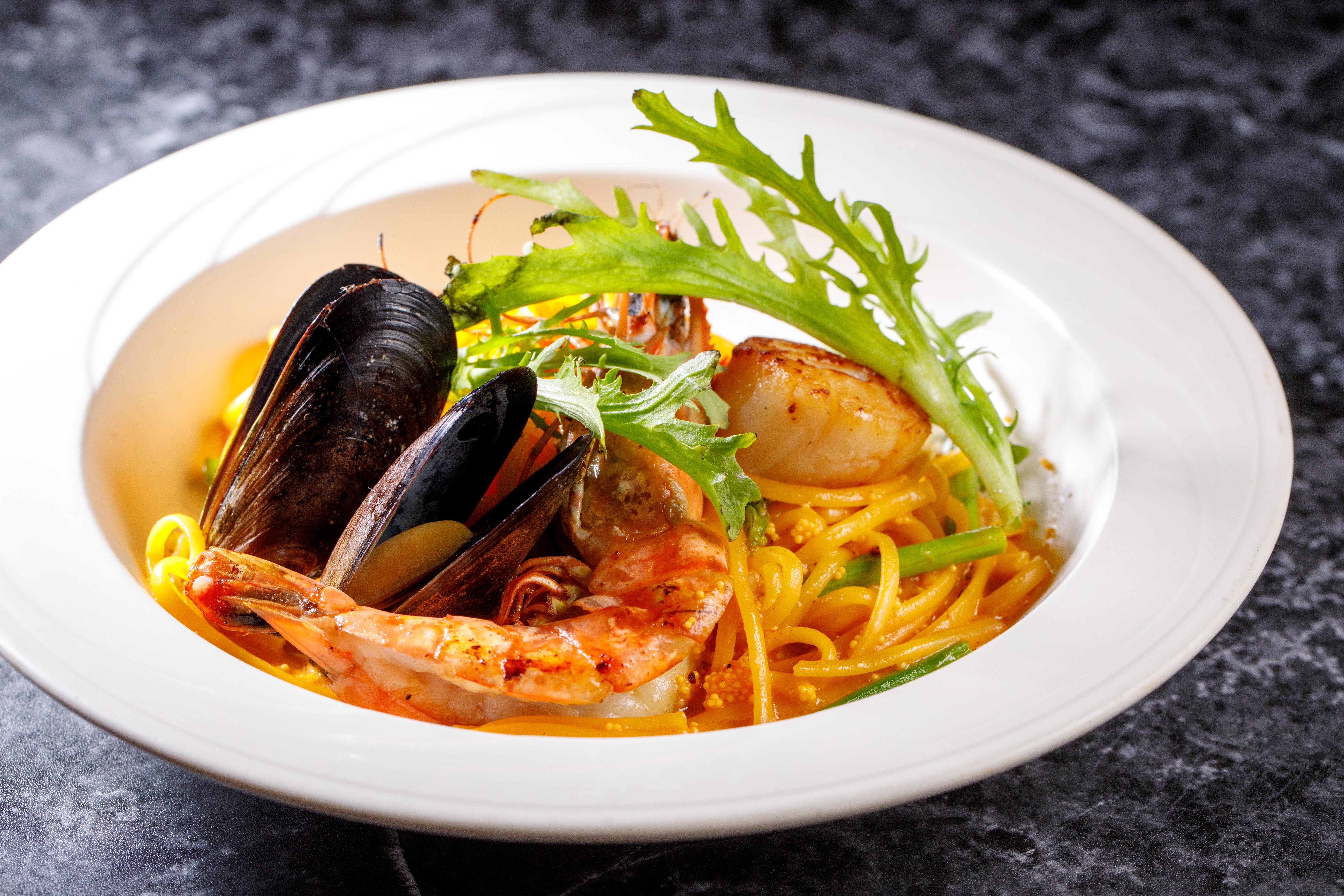 M-海膽醬海鮮細扁麵