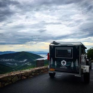 #shenandoahnationalpark #trailmarker #jeep #bushwhacker